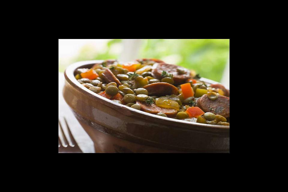 Prodotti tipici del Centro , Maialino salato alle lenticchie verdi , Francia
