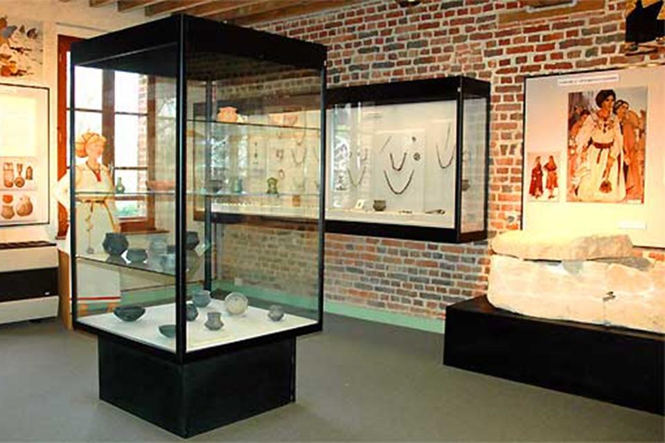 , El museo de los tiempos bárbaros, Arte y cultura, Picardía