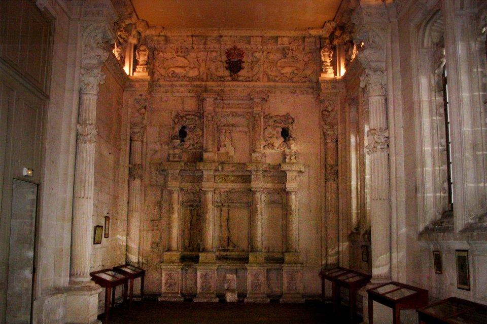 La chapelle du château et ses colonnes de marbre, Château de François Ier, Les monuments, Picardie