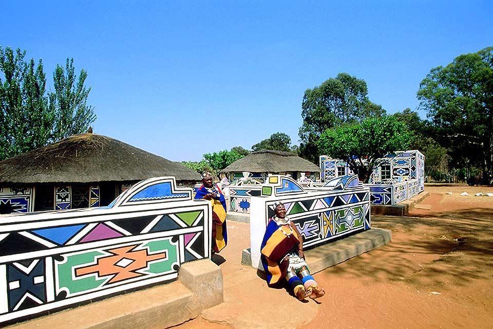La tribu ndebele , Trampas para turistas , Sudáfrica