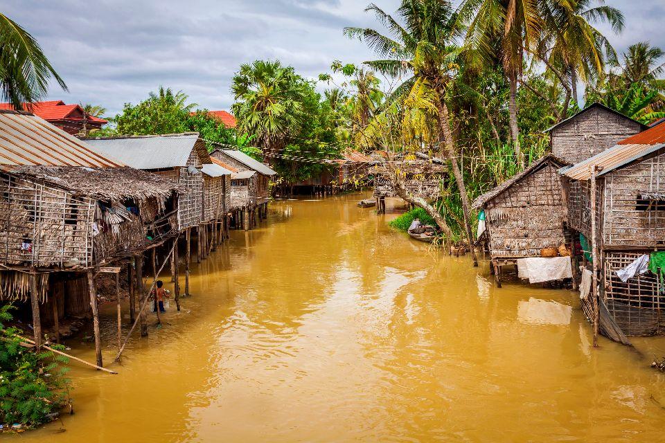 The Tonlé Sap Lake , Houses of Tonlé Sap, Cambodia , Cambodia