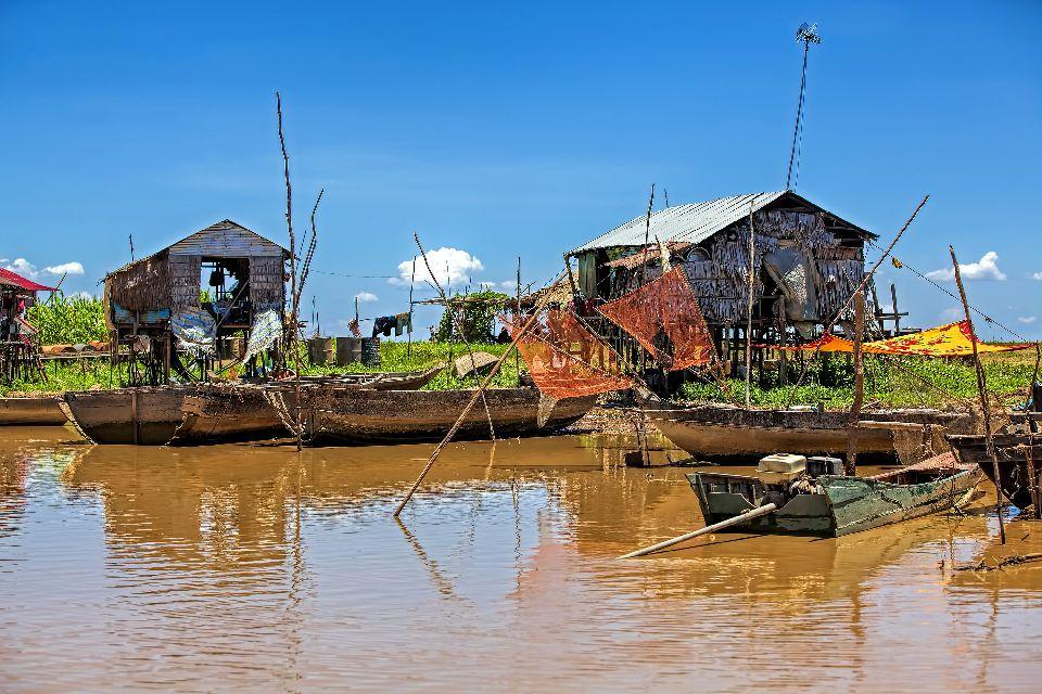 The Tonlé Sap Lake , Tonlé Sap villages, Cambodia , Cambodia