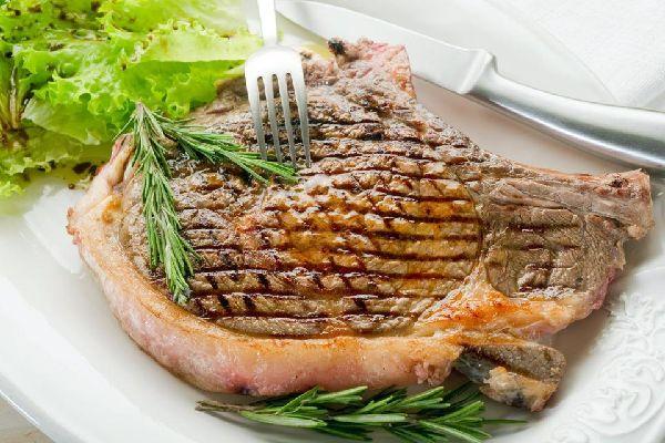 Steack à la Florentine , T-bone steak, Florence , Italy