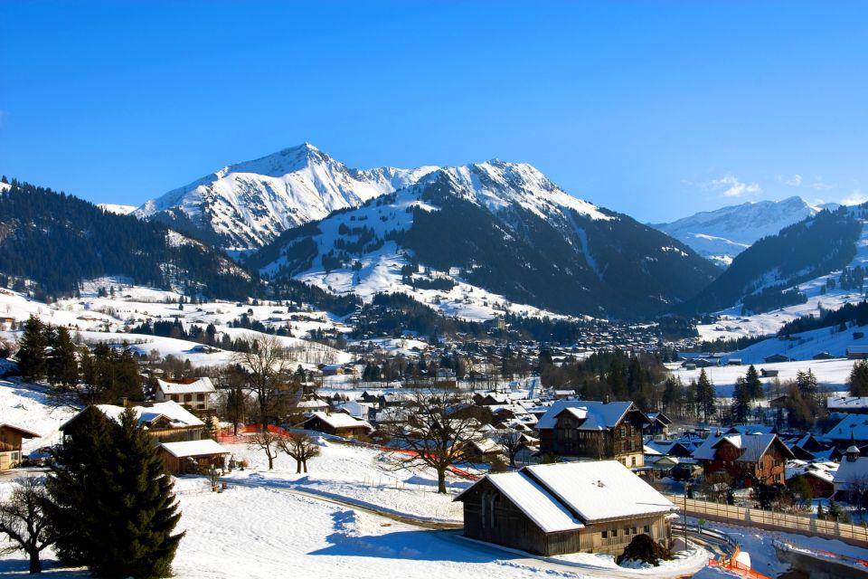 Le village de Gstaad , Au pays d'Heidi , Suisse