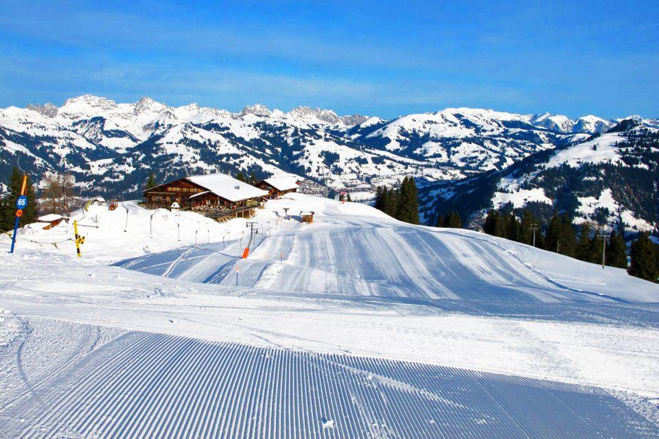 Le village de Gstaad , Des paysages verdoyants , Suisse