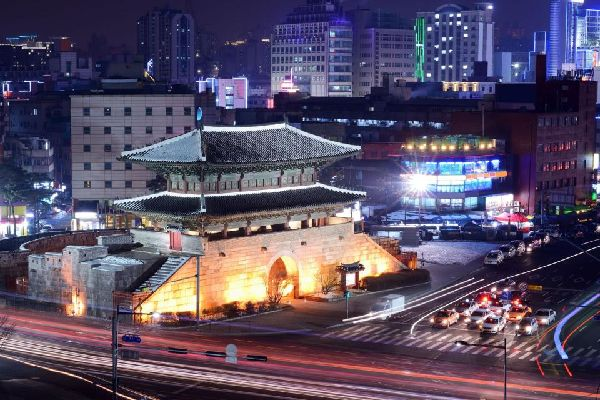 El mercado de Dongdaemun , Corea del Sur