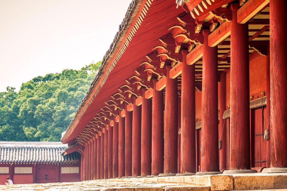 The royal sanctuary of Jongmyo , The royal shrine of Jongmyo , South Korea