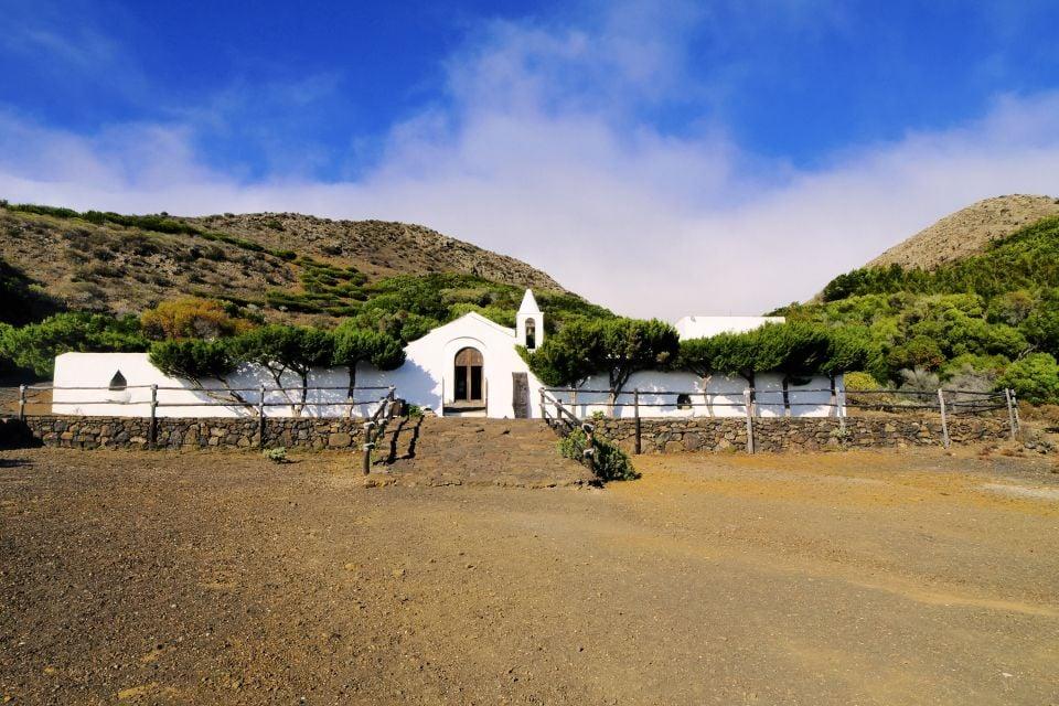El Hierro - LA BAJADA DE LA VIRGEN DE LOS REYES, Arte y cultura, Canarias