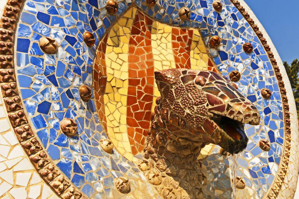 Les monuments, guell, parc, barcelone, gaudi, art, espagne, europe, catalogne, serpent, statue