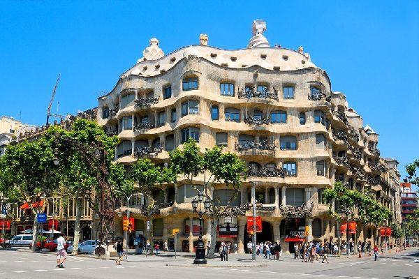 La Casa Milà, detta La Pedrera , Spagna