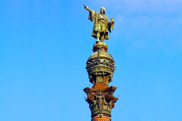 El monumento de Cristobal Colón , Homenaje a Cristóbal Colón , España