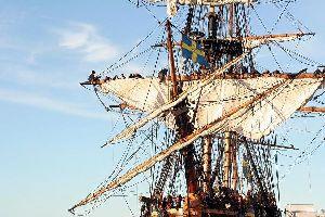 Ausflug mit einem Schiff des 18. Jahrhunderts ab Sant Feliu , Bootsfahrt ab San Feliu , Spanien