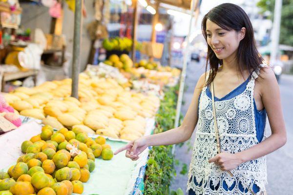 Bangkok's fruit and vegetable market, Pak Khlong Talat, Arts and culture, Bangkok, Thailand