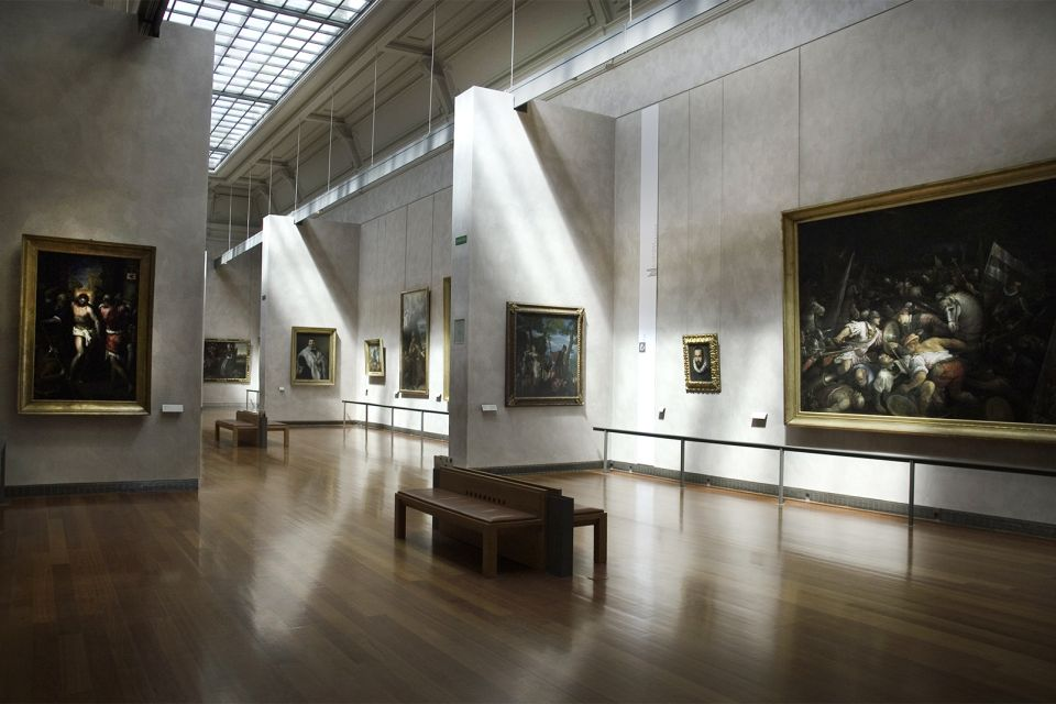 Musée des Beaux-Arts , Welcoming groups of students , France