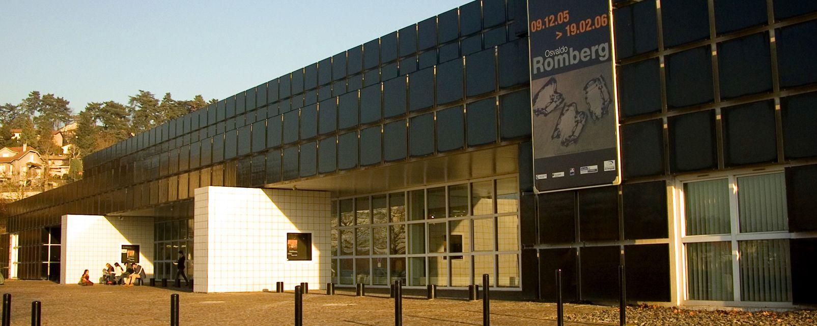Mus e d 39 art moderne de saint etienne rh ne alpes france - Musee design st etienne ...