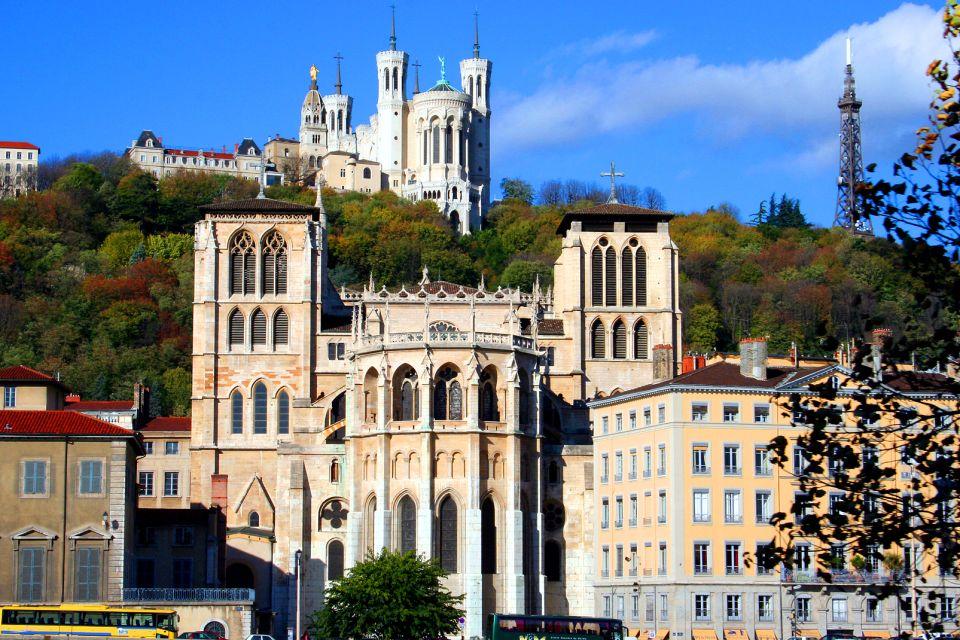 Primatiale Saint-Jean-Baptiste de Lyon , Deux styles , France