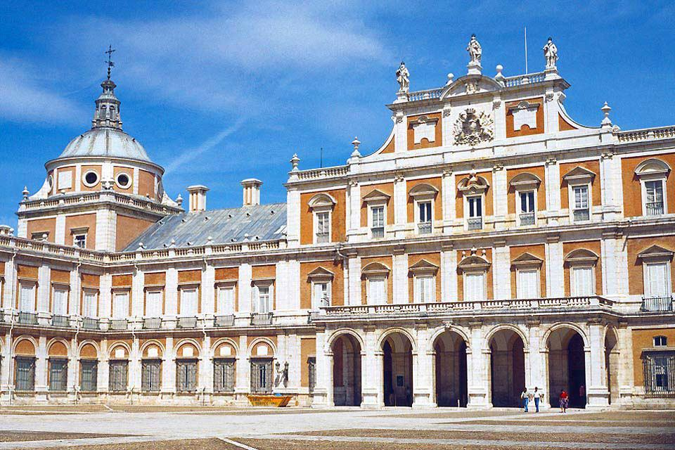 The Royal Palace of Aranjuez , Residence of the Kings , Spain
