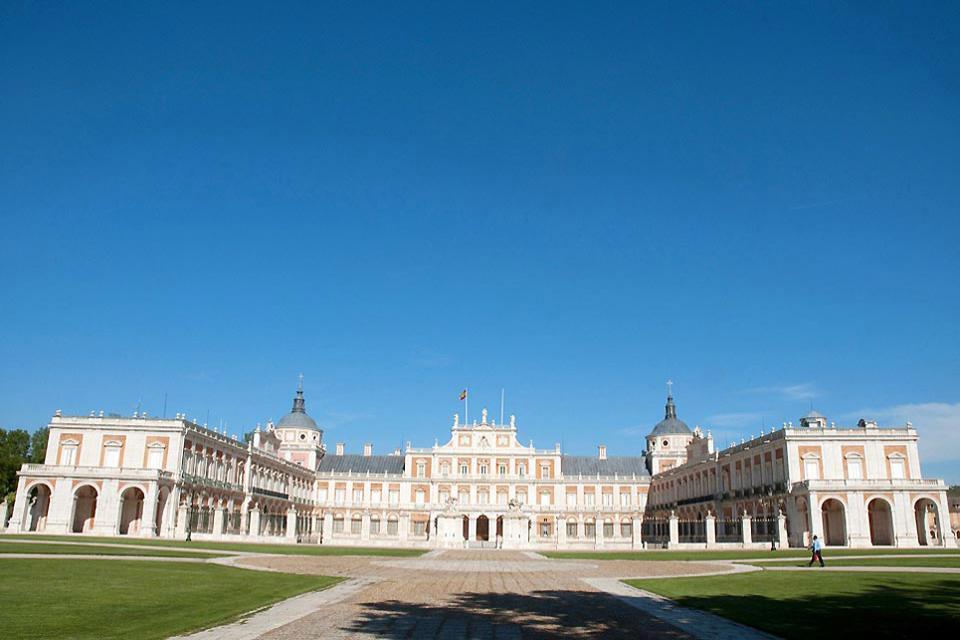 The Royal Palace of Aranjuez , A characteristic façade , Spain