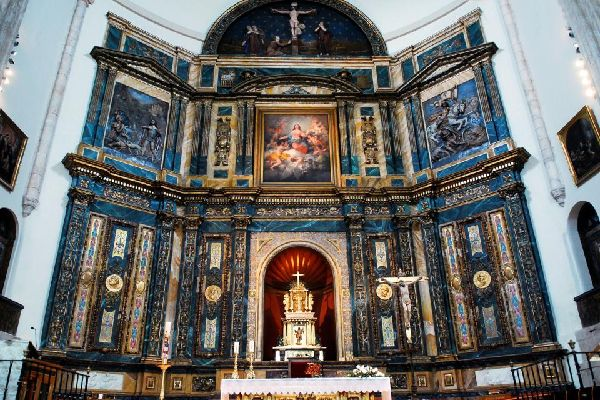 La iglesia de la Asunción en Chinchón , La iglesia de Nuestra Señora de la Asunción , España