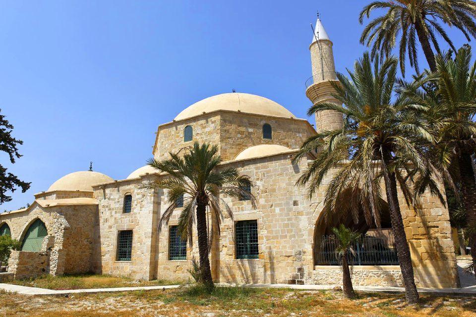 The mosque of Hala Sultan Tekke , The peaceful gardens of Hala Sultan Tekke , Cyprus