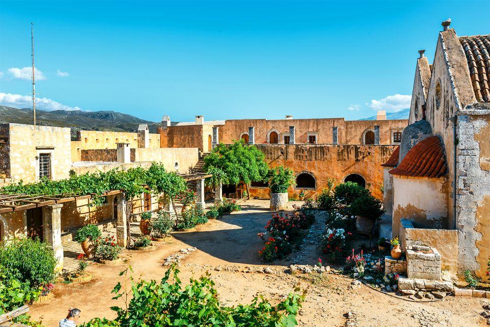 La poudrière, Monastère d'Arkadi, Les monuments, Crète