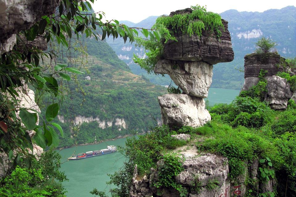 Die Drei Schluchten des Jangtsekiang , Die Wanderung durch die Drei Schluchten , China