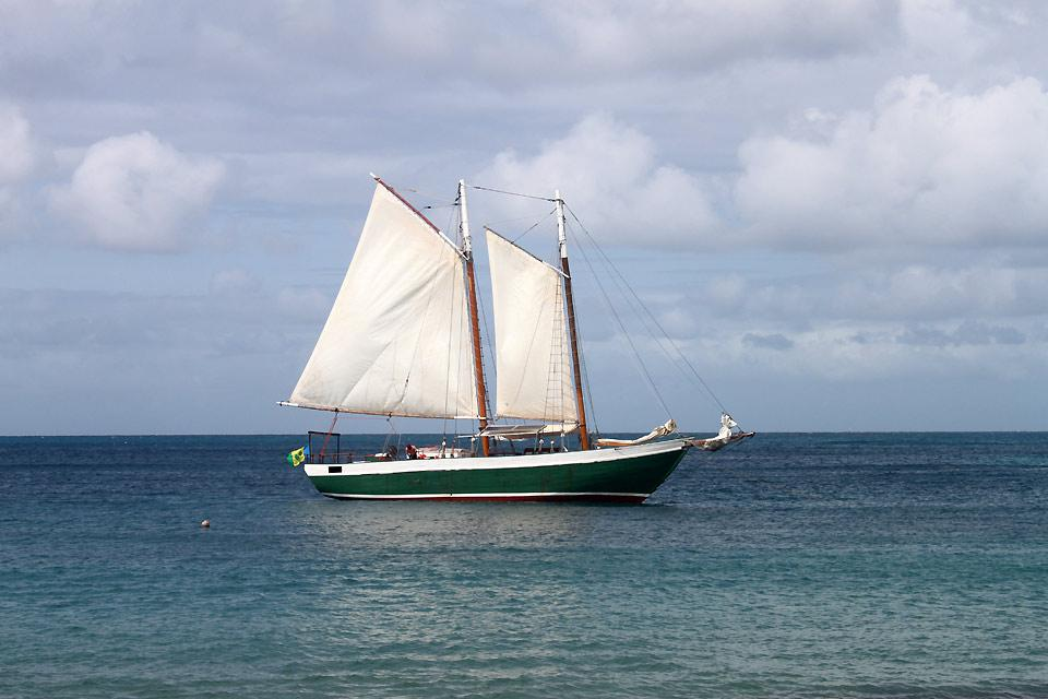 Cruceros en velero , Crucero a las Granadinas , San Vicente y las Granadinas