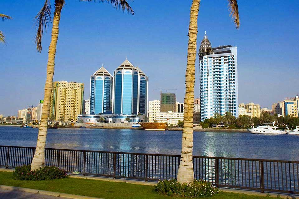 La côte de Sharjah , Sharjah, moderne et traditionnel , Dubaï et les Emirats
