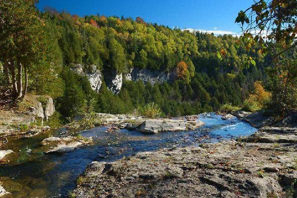 Los ríos de Ontario , Canadá
