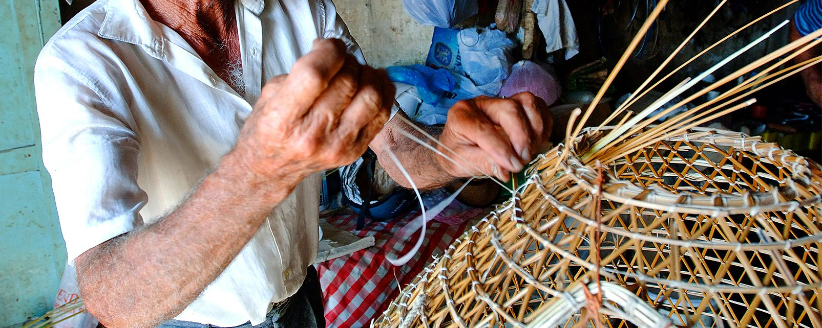 Making fishing equipment, The manufacturing of fishing equipment, Traditions, Malta