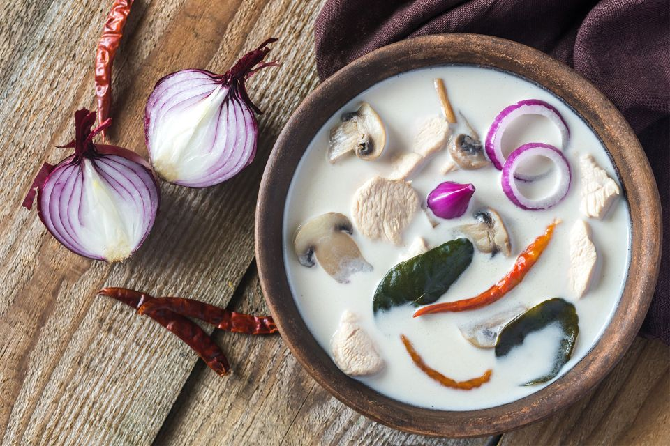 La cuisine thaïe , Thai coconut milk soup , Thailand