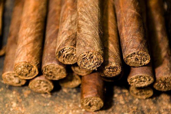 Los puros , Caja de puros dominicanos , República Dominicana