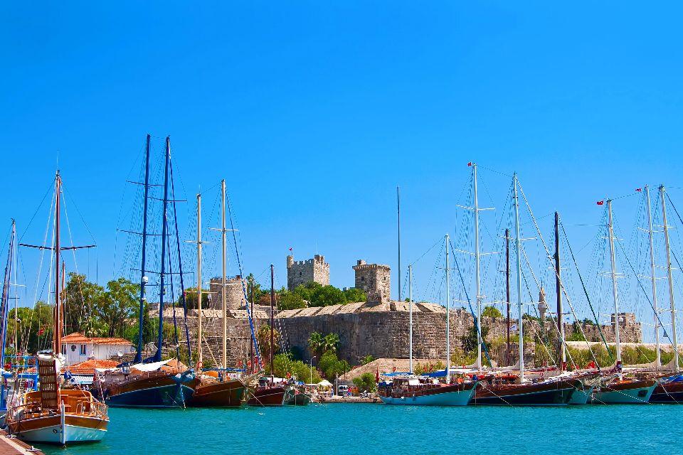 Le château Saint-Pierre à Bodrum , Le château de Saint Pierre à Bodrum , Turquie