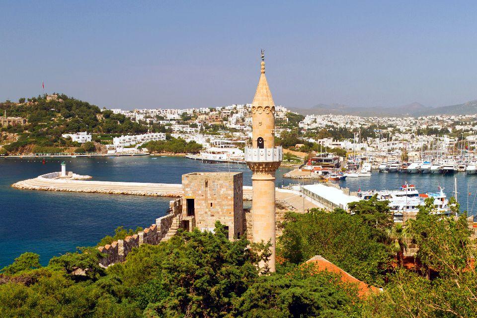 Le château Saint-Pierre à Bodrum , La mosquée du château , Turquie