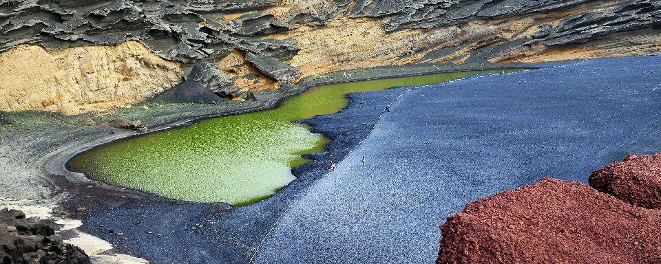 Lanzarote - Laguna Verde (Green Lagoon)