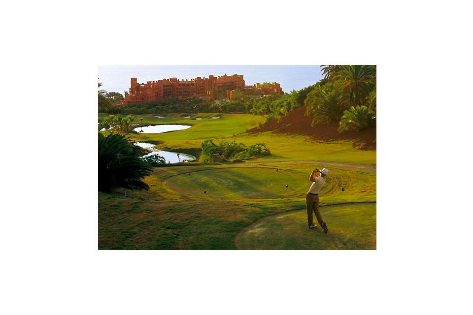 Golf , El campo de golf de Abama. , España