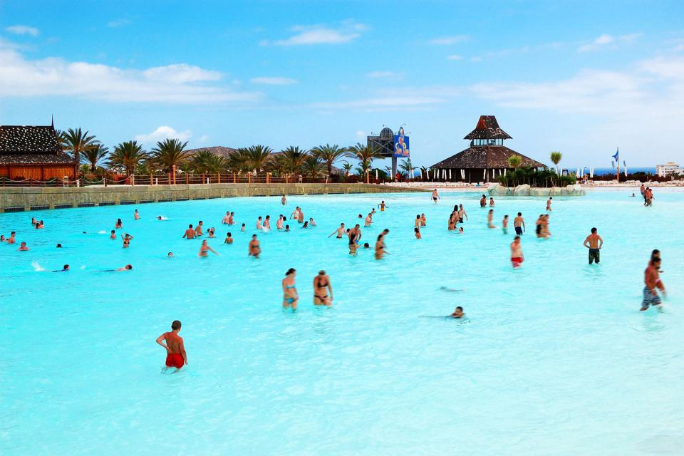 Siam park , The wave pool , Spain