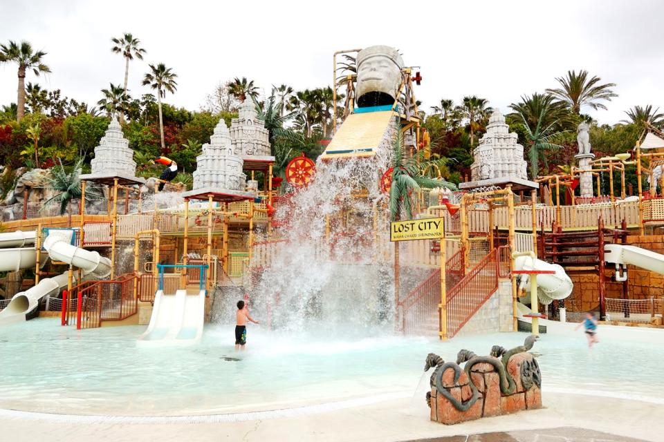 Siam park , Exhilarating waterslides! , Spain