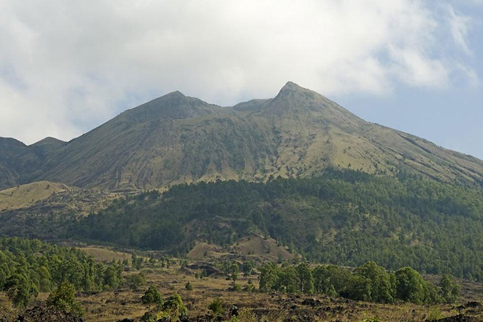 Les volcans , Une terre fertile , Indonésie
