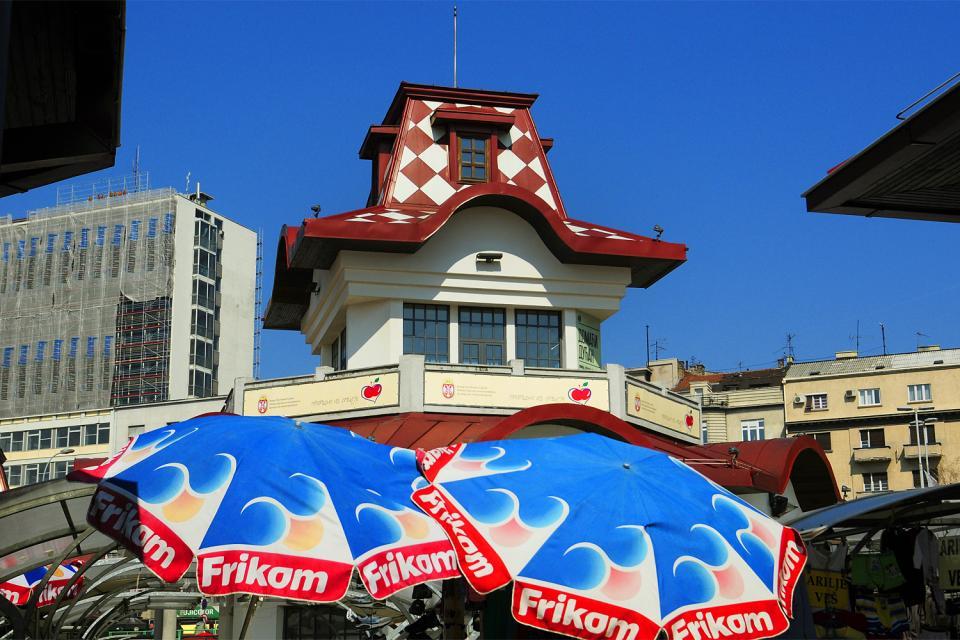 La cucina slava , Mercato colorato a Belgrado , Serbia