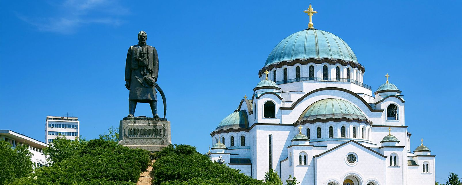 Le temple de Saint-sava, Les monuments et les balades, Serbie