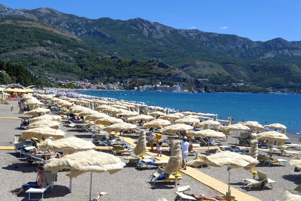 Becici , Fischerkahn , Montenegro