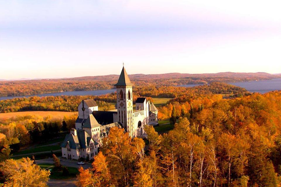 Les cantons de l'Est , Cantons de l'Est , une région touristique , Canada