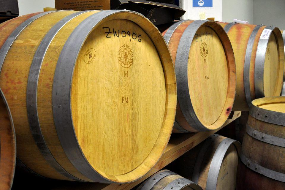 Le vin et la vigne , La garde du vin , Chypre