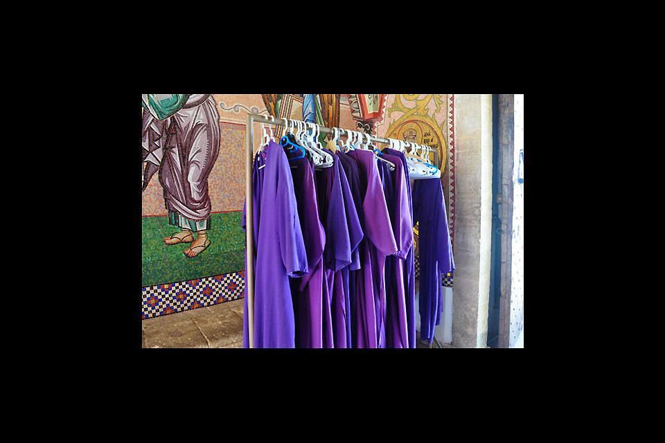 Le monastère de Kykkos , Clothing in Kykkos , Cyprus