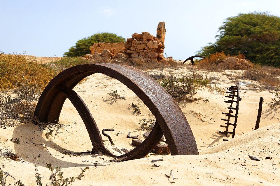 Die Dünen von Boa Vista , Das alte Ziegelwerk von Boa Vista , Kap Verde