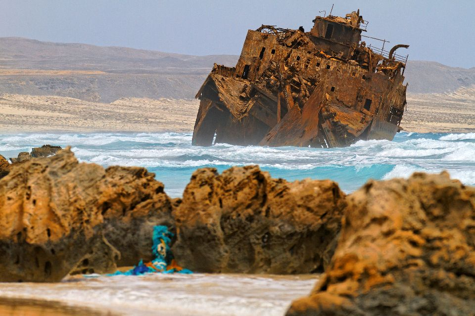The wreckage of Cabo Santa Maria , The shipwreck of the Cabo Santa Maria , Cape Verde