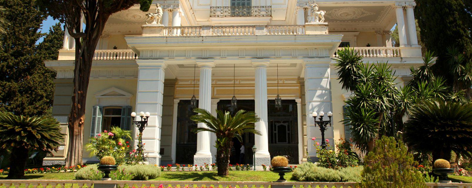 Le palais d'Achilleion à Corfou , Grèce