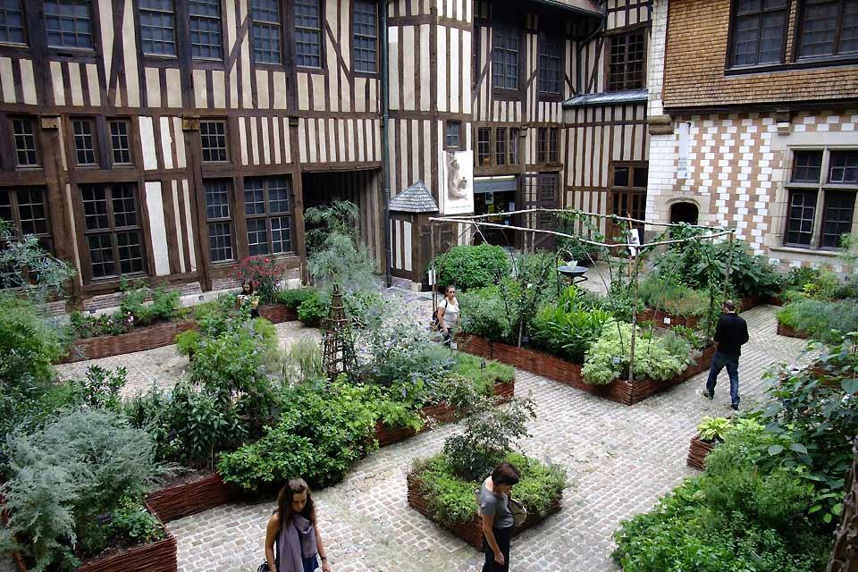 Maison de l'Outil et de la Pensée ouvrière , France