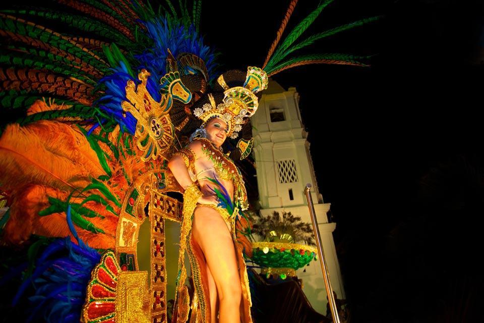 Le Carnaval de Panama , Des villes en fête , Panama